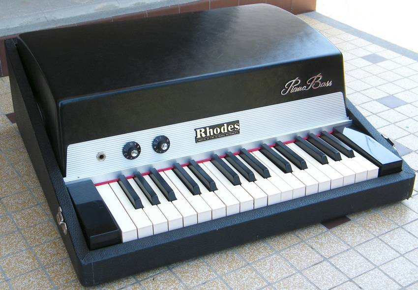 fender-rhodes-piano-bass-403336