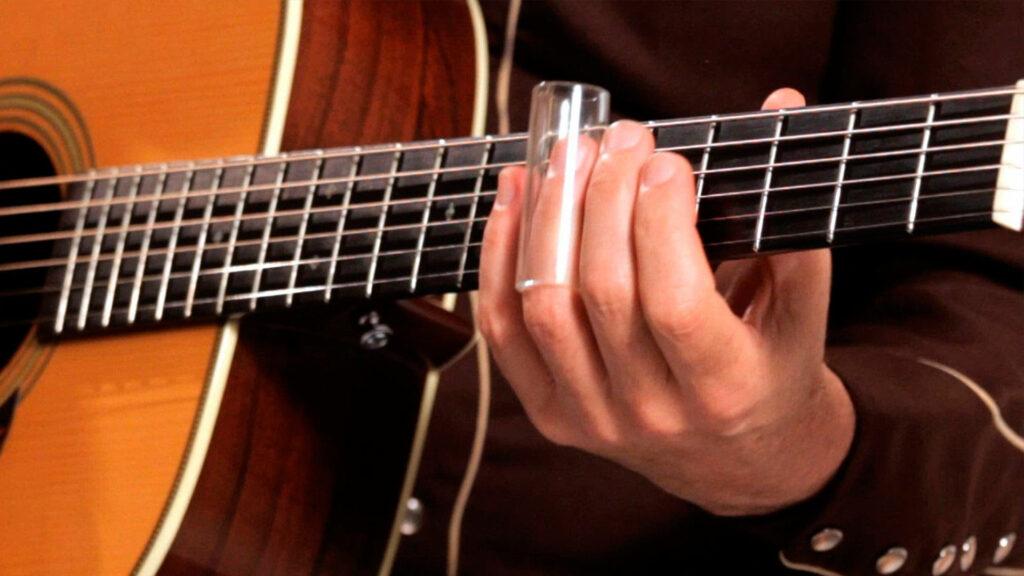 Игра на гитаре слайдом
