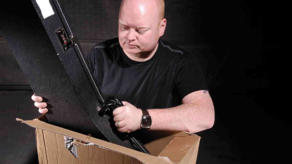Как отправить гитару почтой России