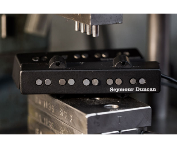 seymour duncan apollo jazz bass linear