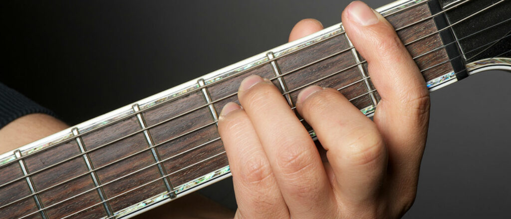 как играть баррэ на гитаре