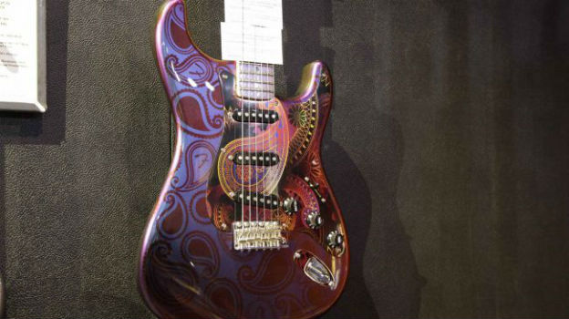 psychedelic-strat-650-80