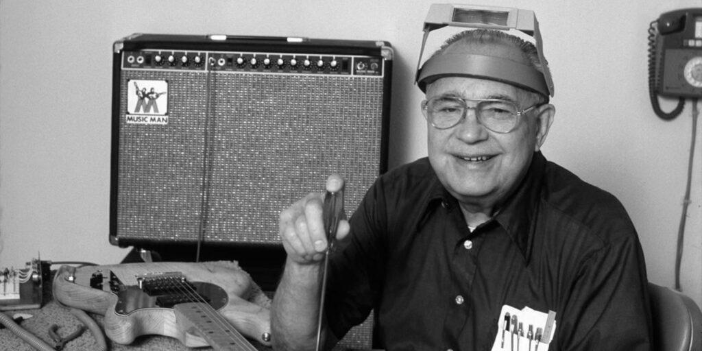 История Fender