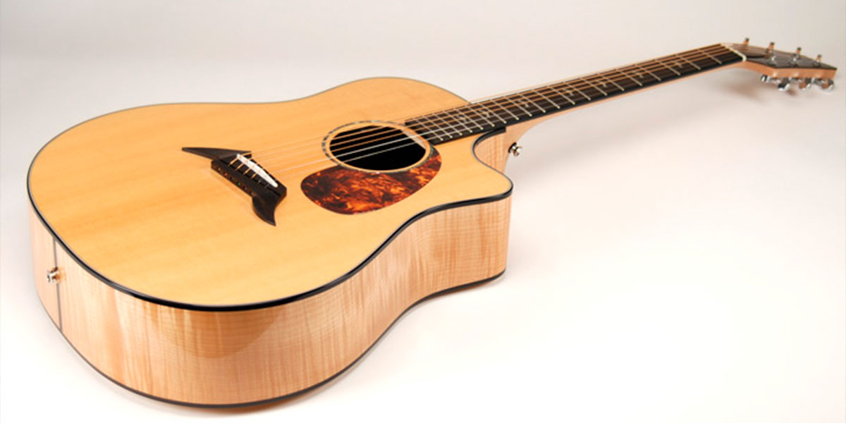 guitar-wood-maple-02