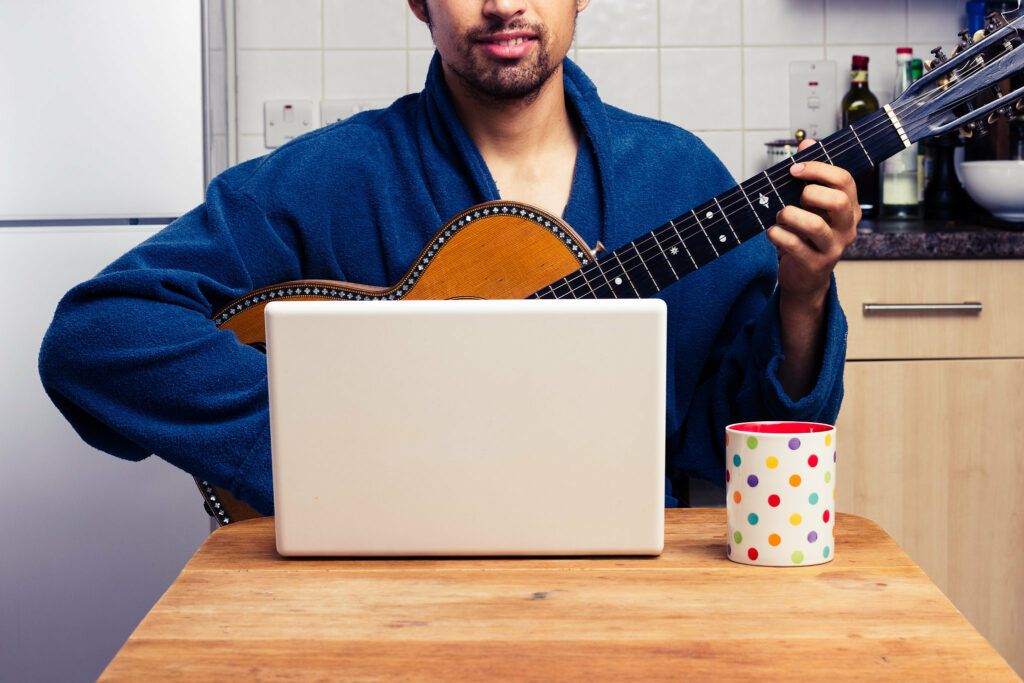 быстро научиться играть на гитаре, можно ли быстро научиться играть на гитаре, курсы быстрого обучения гитаре отзывы, быстрое обучение гитаре отзывы, обучение игре на гитаре за 2 месяца отзывы, обучение гитаре за 2 месяца мнения, скоростные гитарные курсы, быстрые гитарные курсы отзывы, скоростные гитарные курсы отзывы