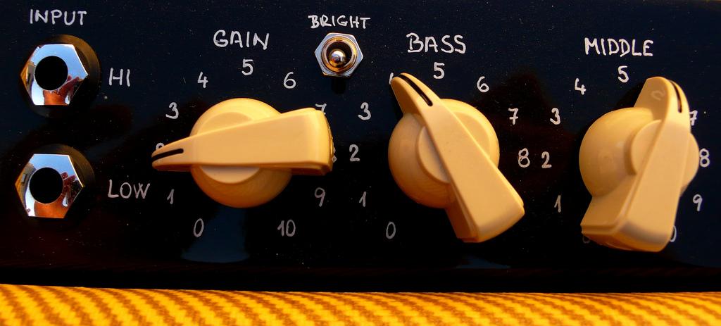 Как записать электрогитару дома в студийном качестве