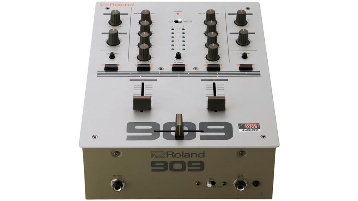 12roland_dj-99_front