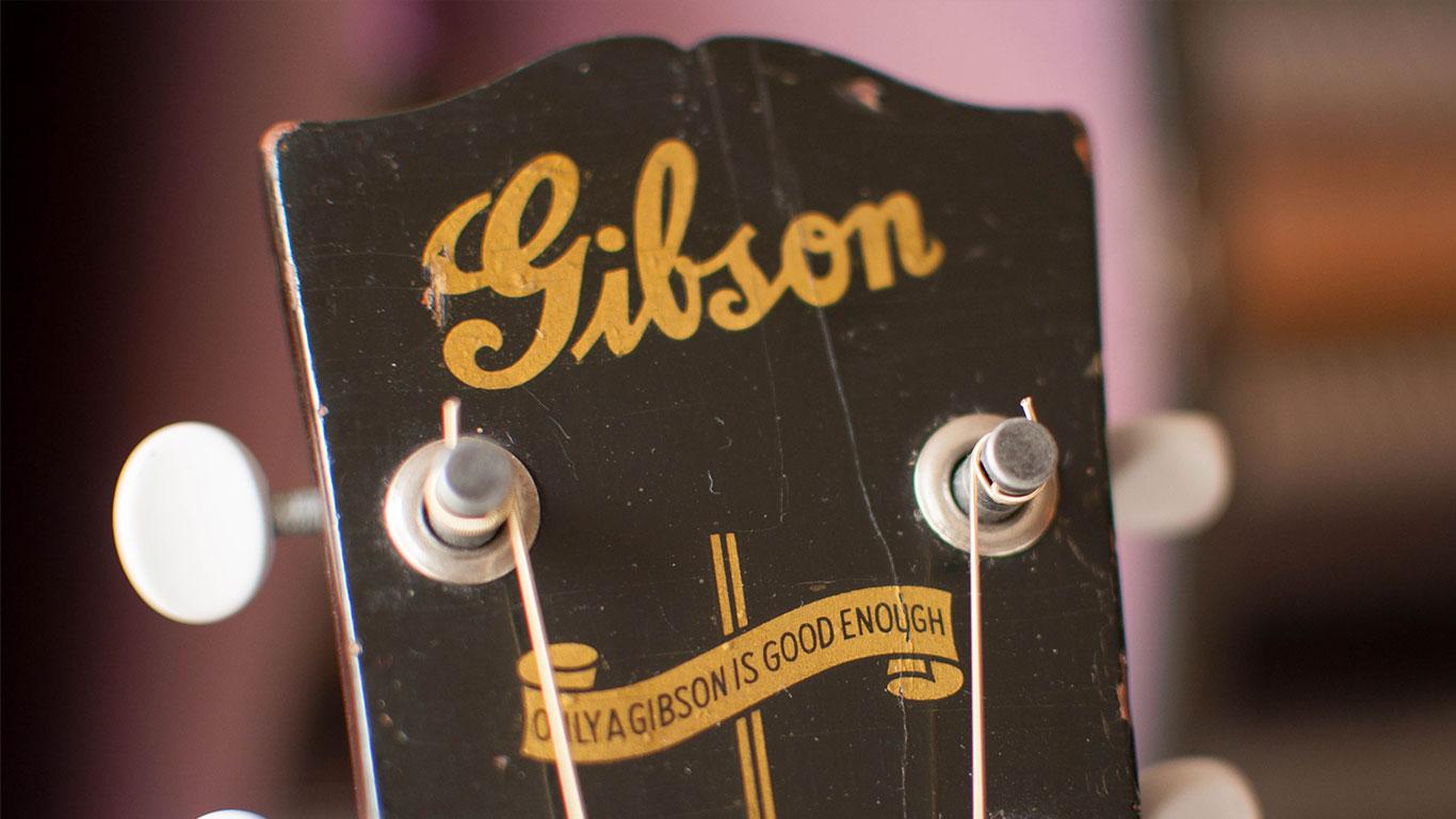 Gibson J-45, 1943 год