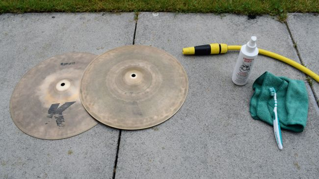 how-to-clean-cymbals-1