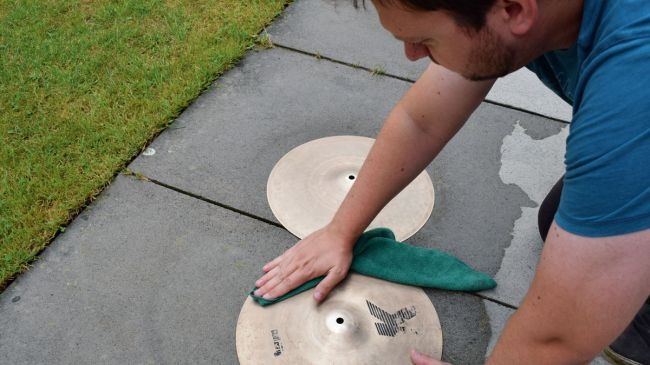 how-to-clean-cymbals-5