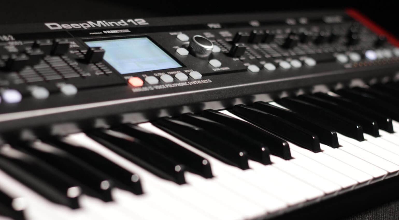 Синтезатор Behringer DeepMind 12