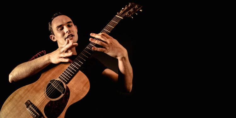 Как играть фингерстайл на гитаре: техника игры фингерстайлом для начинающих