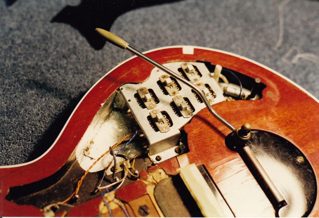 Гитара Брайана Мэя Red Special