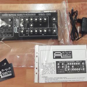 Басовый синтезатор AVP MBS-100