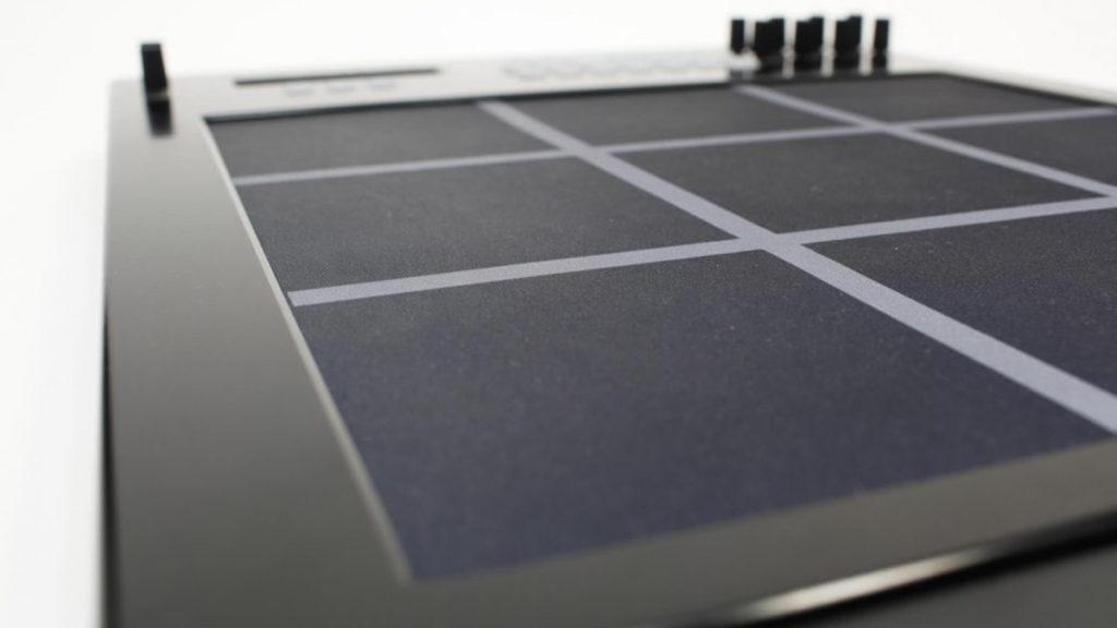 MIDI-контроллер Zvuk9