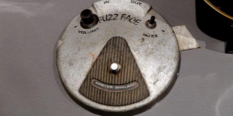 педаль фузза Джими Хендрикса, Arbiter Fuzz Face Джими Хендрикса, аукцион оборудование Джими Хендрикса