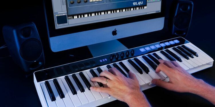 IKMultimedia iRig Keys I/O