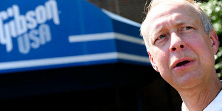 Проблемы Gibson продолжаются: акционеры хотят отстранить Генри Юшкевича от руководства компанией