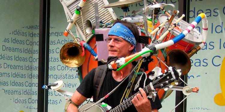 Лондонские уличные музыканты стали принимать платежи по картам за свои выступления