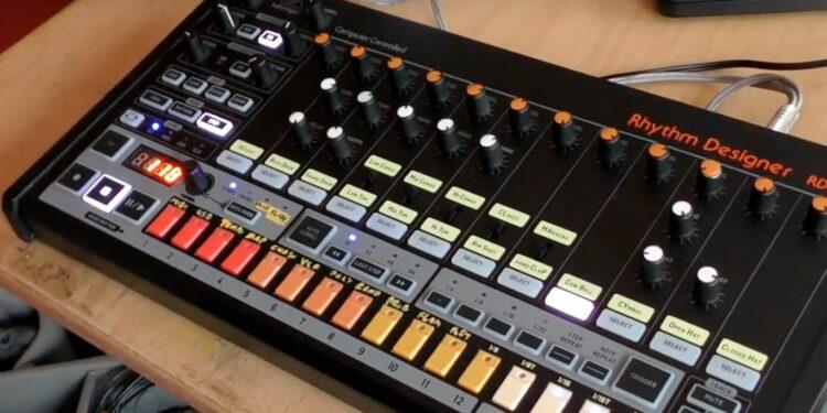 Драм-машина Behringer RD-808 Rhythm Designer