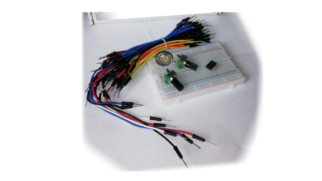 Набор для сборки синтезатора MakeAsynth Kit