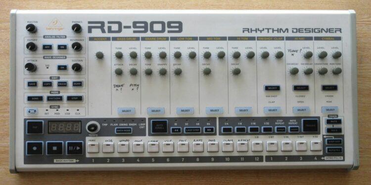 Драм-машина Behringer RD-909 Rhythm Designer
