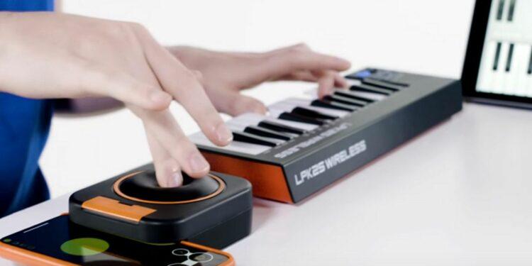 Необычный MIDI-контроллер Skoogmusic Skwitch