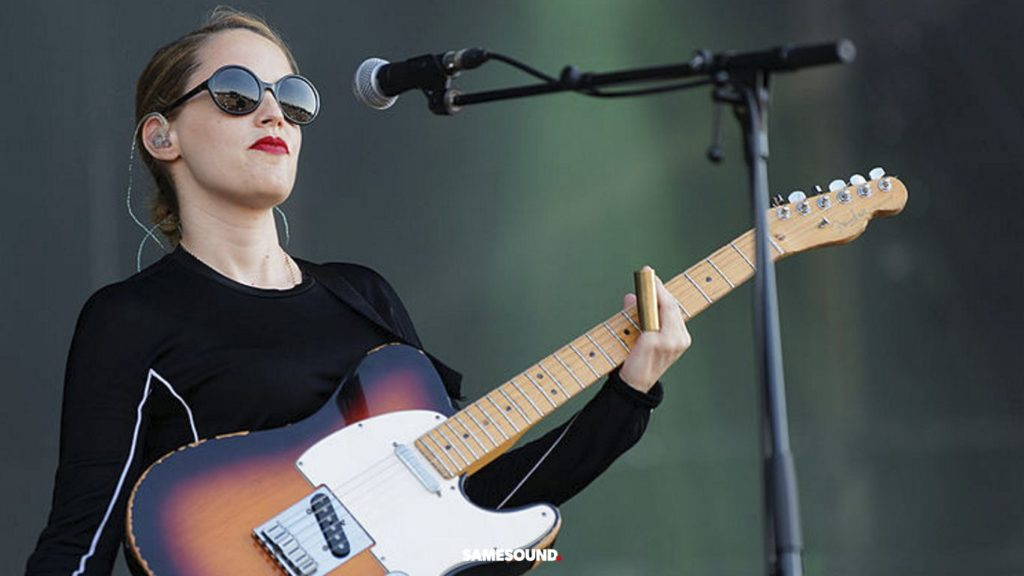 женщины спасут гитару, половина новых гитаристов женщины, гитара популярнее у женщин, женщины чаще покупают гитары