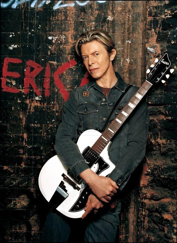Supro 1961 Dual Tone David Bowie, электрогитара Дэвида Боуи