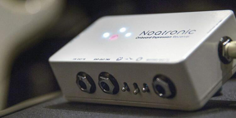 MIDI-конвертер для гитары Noatronic Onboard Expression