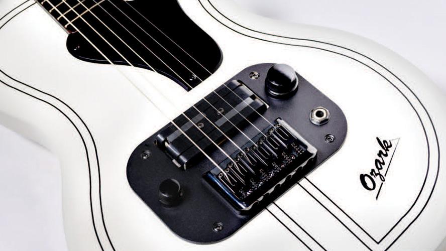 Переиздание Supro Ozark, первая гитара Джими Хендрикса