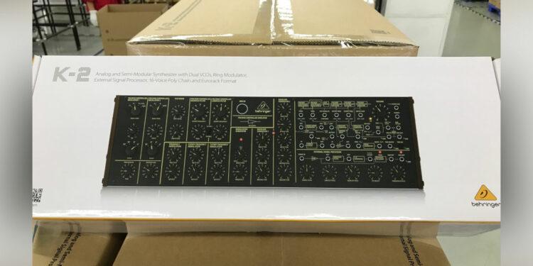 Синтезатор Behringer K-2