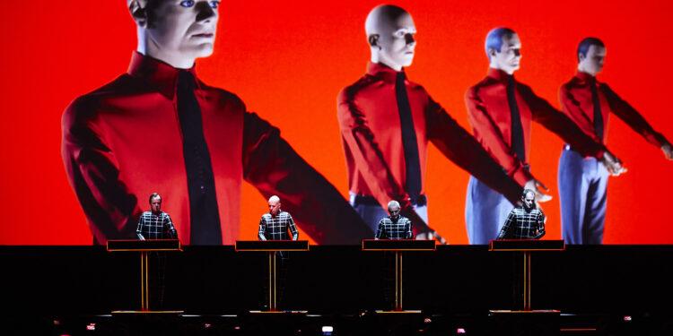 Kraftwerk победили в суде