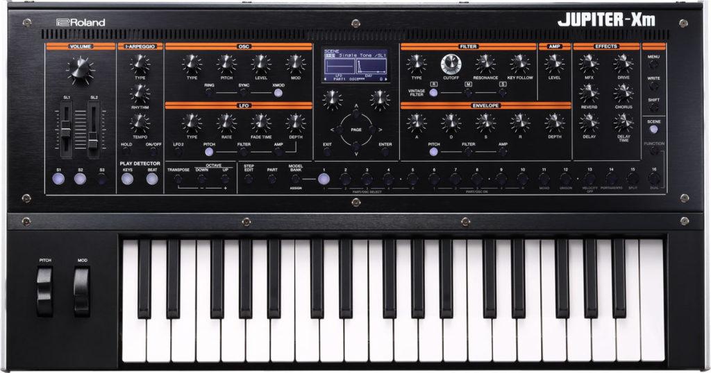 Roland Jupiter-Xm синтезатор