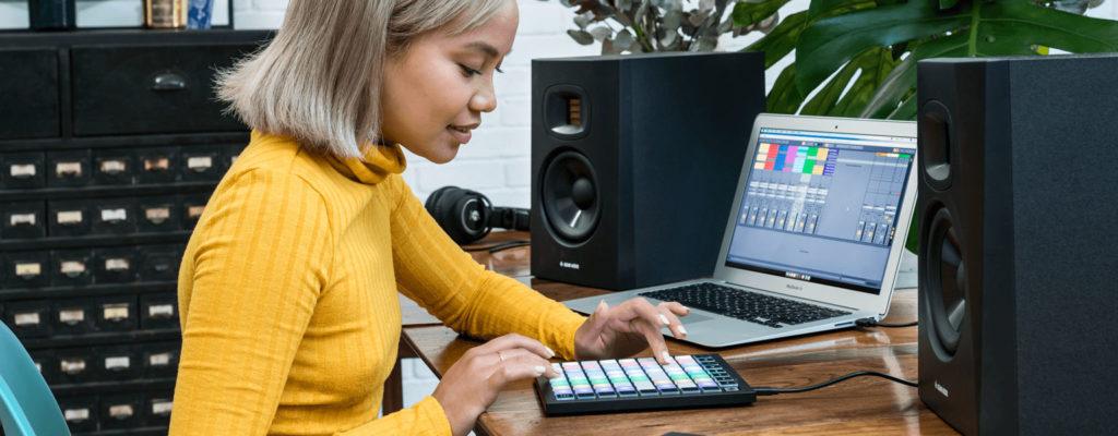 Novation Launchpad Mini MIDI-контроллер