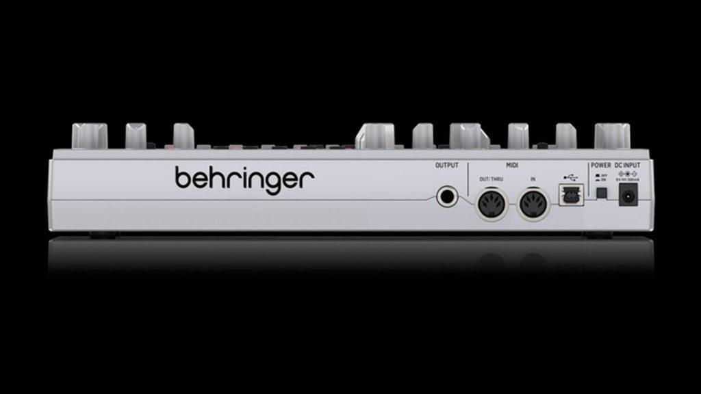 Синтезатор Behringer TD-3