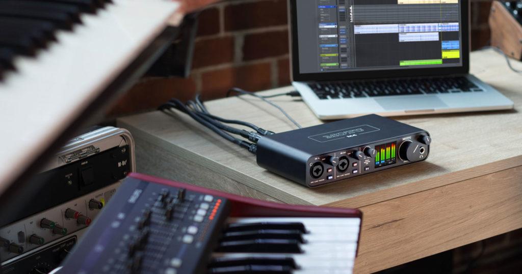 Аудиоинтерфейс MOTU M4