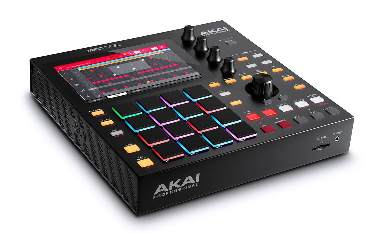 Контроллер AKAI MPC One
