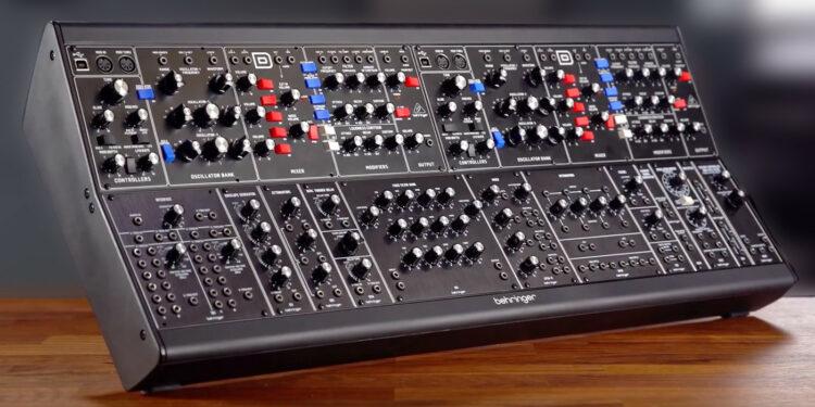 Модульный синтезатор Behringer System 55 Modular
