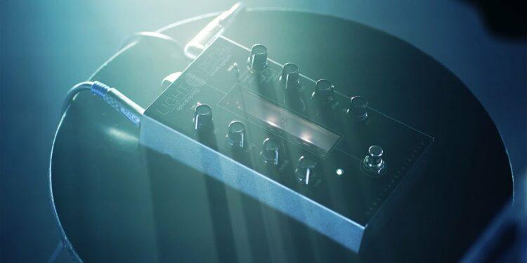Gamechanger Audio создала LIGHT PEDAL— световую педаль пружинной реверберации