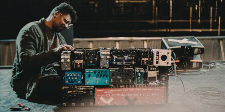 Тосин Абаси продажа оборудования