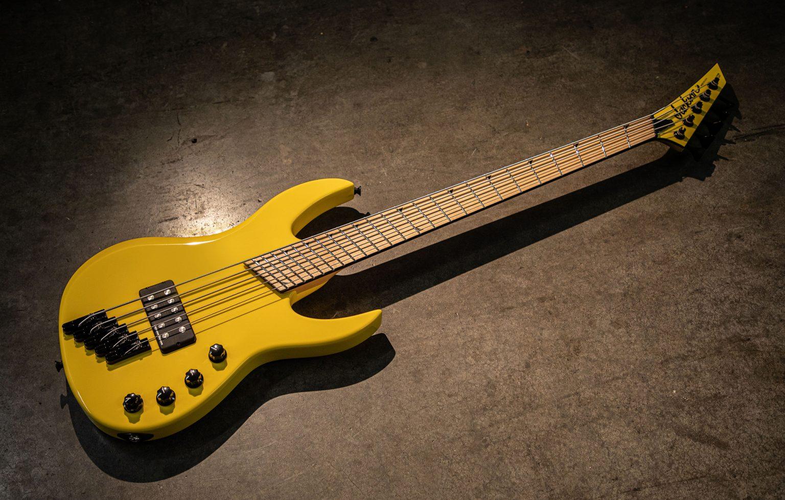 Jackson Custom Shop Hellion Bass