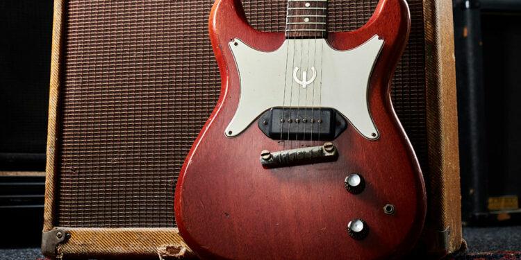 Gibson судится из-за Epiphone Coronet