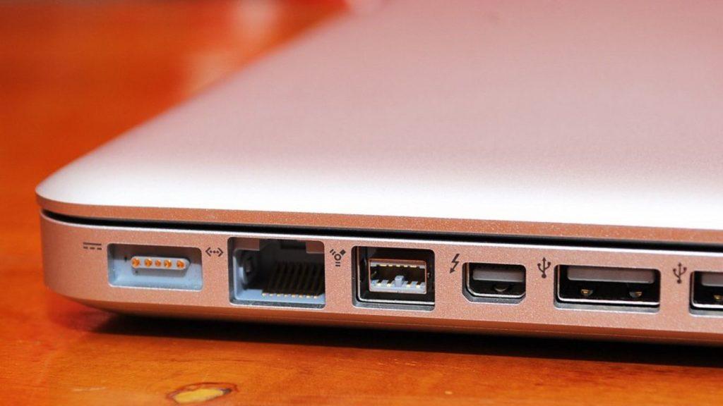 FireWire или USB, Thunderbolt или USB, Thunderbolt или FireWire