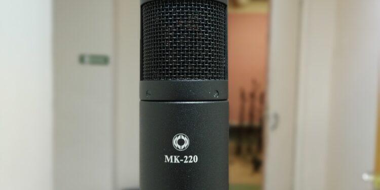 Октава МК-220