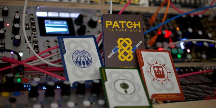 Карточная игра Patch The Card Game для модульных синтезаторов