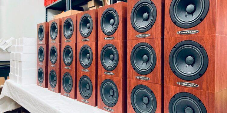 Auratone через суд запретила Behringer и Music Tribe выпускать продукцию под их именем