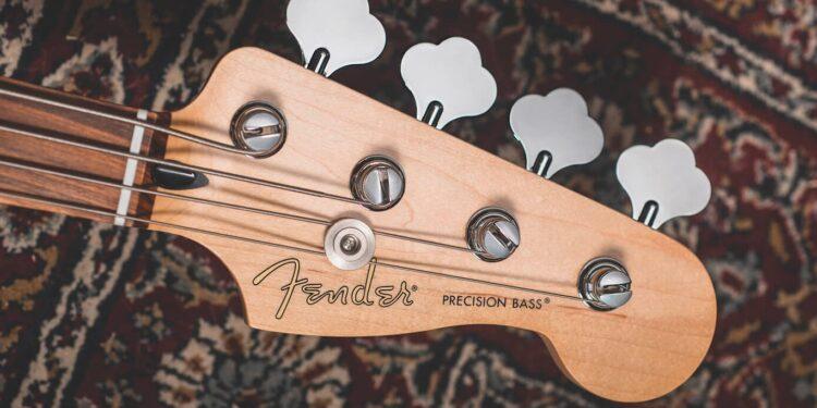 Итальянский магазин рассекретил линейку Fender Player Plus до официального анонса
