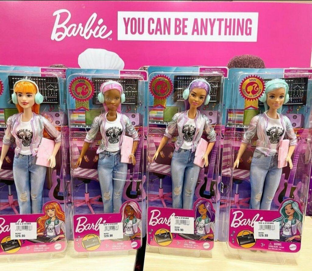 Барби Музыкальный продюсер Barbie Music Producer doll