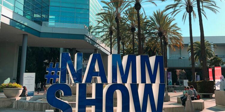 NAMM 2022 пройдёт в июне 2022 организаторы объединили зимнюю и летнюю выставки из-за неопределённости в связи с COVID-19
